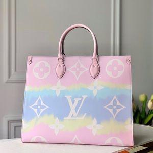 Louis Vuitton escale onthego pink